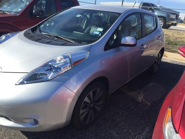 nice Great 2014 Nissan Leaf SL Nissan LEAF Brilliant Silver with 33650 Miles, for sale! 2018 Check more at http://24carshop.com/cars-gallery/great-2014-nissan-leaf-sl-nissan-leaf-brilliant-silver-with-33650-miles-for-sale-2018/