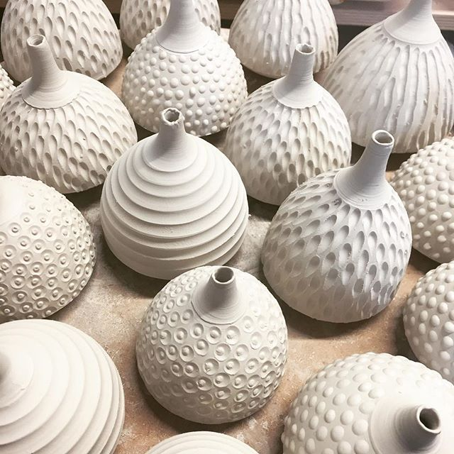 Lots and lots of these little stem pots now drying out ready for fun in the soda kiln. I like to start with the smallest shapes and build up to the biggest. #pottery #ceramics #porcelain #texture #textures #throwing #sodakiln #sodafiring #studiopottery