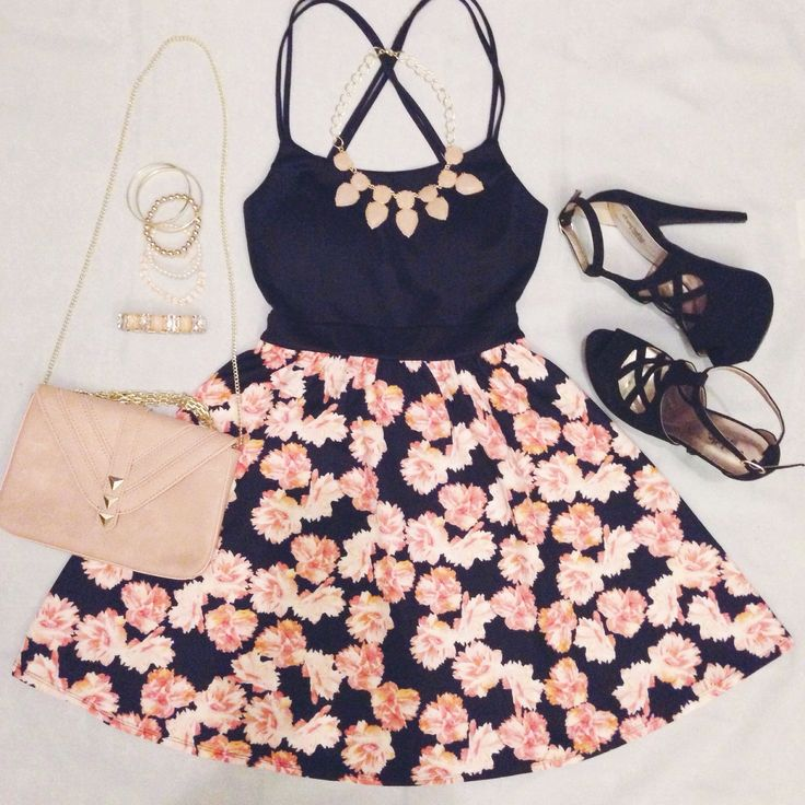 The only flowers #CRfashionista @LifesJules needs are in this #OOTD. Shop her look at Charlotte Russe!