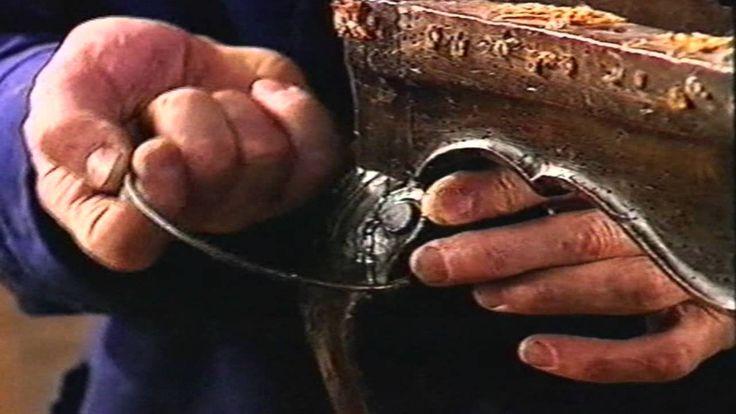 Curso Practico de restauración 6º Capitulo Encolado de un rizo de una pa...