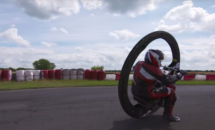Monowheel Reaches 62 MPH! Kevin Scott has managed to do the impossible with a Monowheel – he managed to touch speeds of up to 62 mph, thus breaking the world Guinness record! The Monowheel, named WarHorese, piloted by Scott, has registered a medium speed of 61.18 mph, which is 98.4 km/h. This is amazing, considering the...