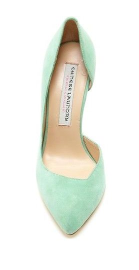 Mint pumps... Can't get enough of this color!