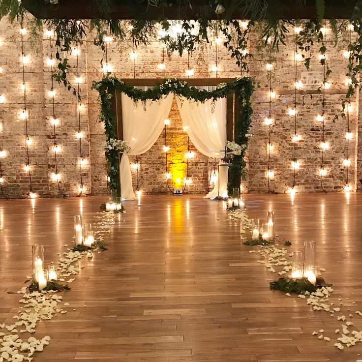 Wedding Altar Garland: Best 20+ Flower Petal Aisle Ideas On Pinterest