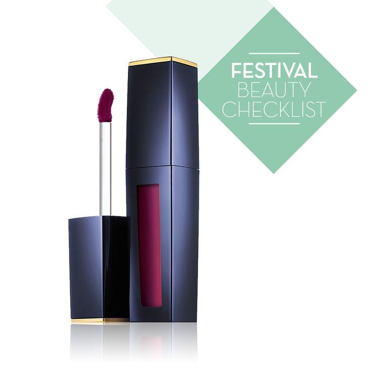 Een luxueuze lichte formule die de lippen voorziet van een rijke intense kleur van een lippenstift, het gemakkelijke van een gloss, en het zachte comfort van een lippenbalsem. Resultaat: lippen die onweerstaanbaar verleidelijk zijn.