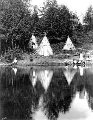 Native American encampments at Leschi, circa 1900.