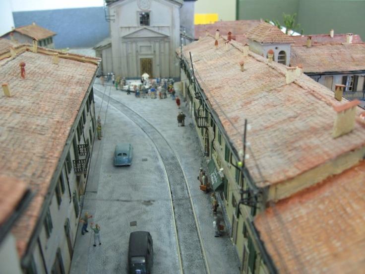 """Il magnifico diorama della vecchia Sedriano e del """"Gamba-de-legn"""" a cura del club locale per la XIV Mostra e Concorso di Modellismo - 13 e 14 ottobre 2007"""