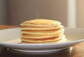 Dies Rezept ist für die ganze Familie, die Sie überraschen möchten. Machen Sie die leckere Pfannkuchen mit Buttermilch. Es schmeckt sehr gut.