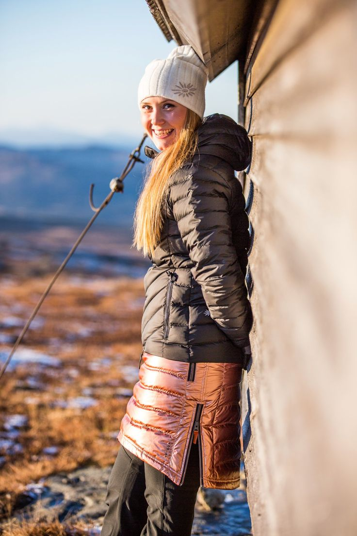 We are almost ready to share our Fall 2016 Collection with you! This year we are especially excited to show off our COPPER! Our Down Hood Jacket, Short Down and our redesigned Mini Down will all be available in Copper! #gooutside #comingsoon #skhoopskirts #theoriginalskirtcompany #shiny #findapennypickitupalldaylongyoullhavegoodluck