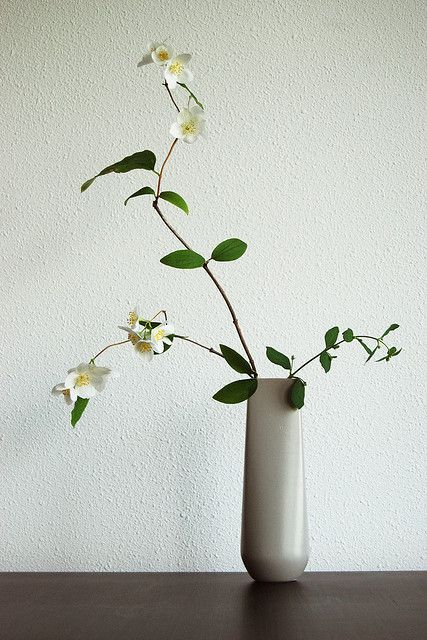 "Ikebana Japanese flower arrangement ""I still dream of blossom"" by Otomodachi"