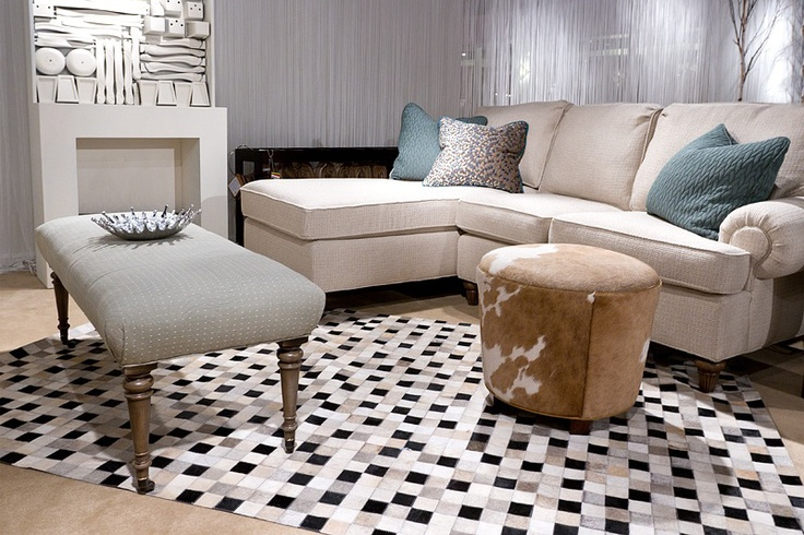 Surya's hand-crafted 100% leather Trail rug adds some pizzazz to this room.: Tilelik Rugs, Trail Rugs, Rugs Add, Area Rugs, Families Rooms, White Colors, Contemporary Living Rooms, Colors Pantone, India Colors