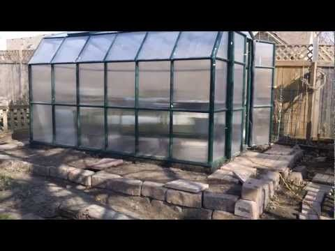▶ GreenHouse Heater Death of the Rocket stove part 1 - YouTube