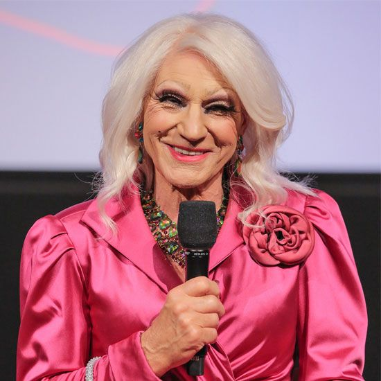 Patrick Stewart Appears in Drag for a Hollywood Screening of Blunt Talk