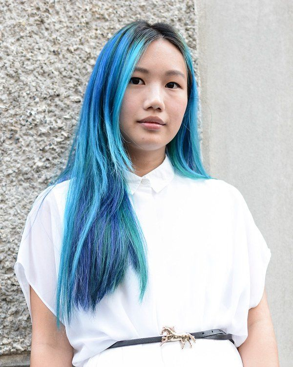die besten 17 ideen zu blaue haare auf pinterest bunte haare gef rbte haare und dunkelblaue haare. Black Bedroom Furniture Sets. Home Design Ideas