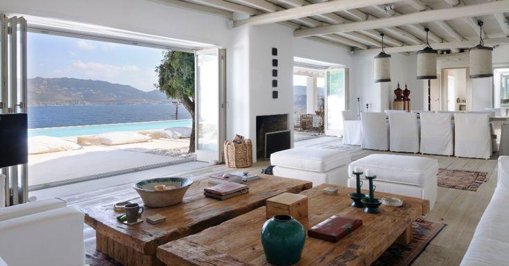 O aluguel da Mykonos Villa 1, casa localizada na ilha grega de mesmo nome, custa a partir de 2.600 euros por dia (R$ 6.710)