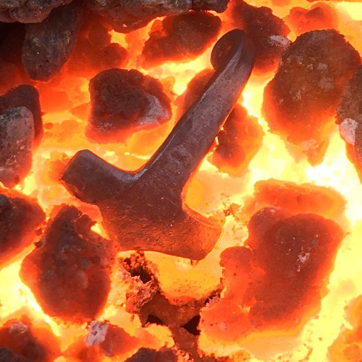 Thors hammer pendant mjolnir