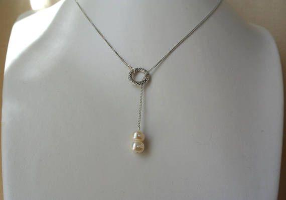 Collier pendentif deux perles d'eau douce blanches à