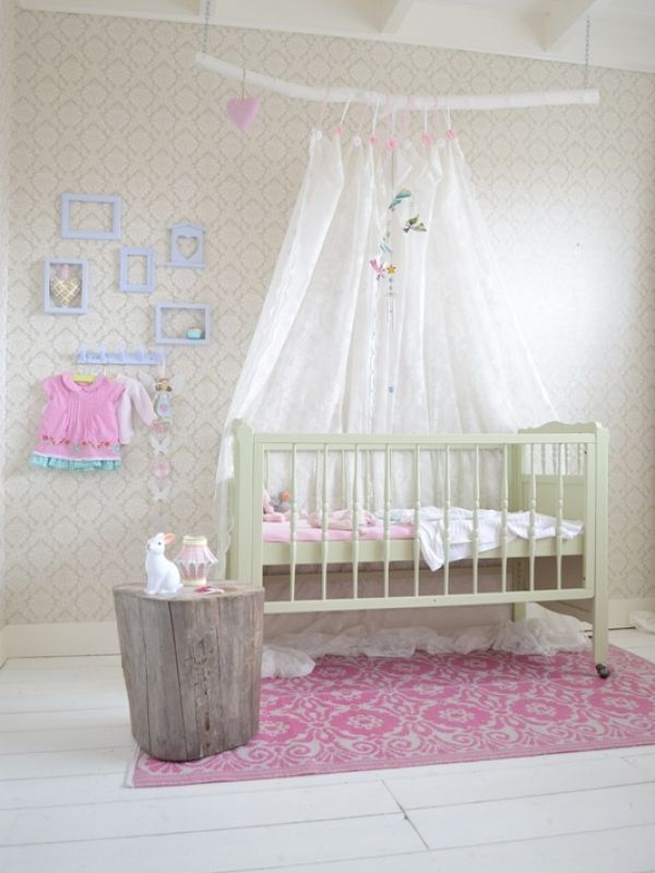 34 best images about babykamer idee on pinterest for Idee deco slaapkamer baby meisje
