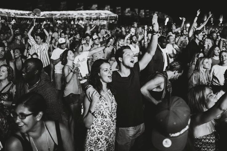 dancing at WayHome #taralillyphotography