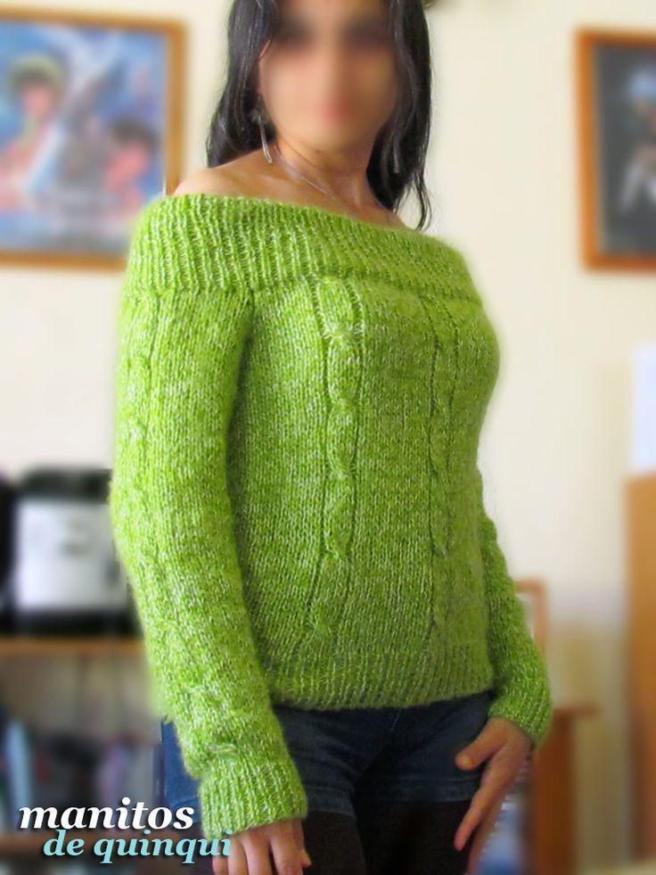 #Sweater tejido a palillo; lana angora; tiene un amplio escote que deja los hombros descubiertos, aunque las mangas son largas para mantenerse abrigada! ^^ Todo el suéter está decorado con moños simples ^_^  Si te gustaría comprar uno como este, contáctame! Puedo tejerlo para ti ^__^  #tejido #dosagujas #2agujas #lana #angora #mangalarga #sinhombros #sueter #jersey #cardigan #chaleco #manualidades #handmade #LaSerena #Coquimbo #Ovalle #Vallenar #Elqui #IVRegion #4Region #Chile