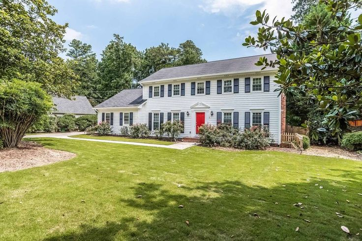View 36 photos of this $589,000, 4 bed, 4.0 bath, 3634 sqft single family home located at 1785 Womack Rd, Dunwoody, GA 30338 built in 1970. MLS # 5879147.