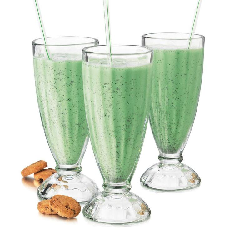 Serve soda, milkshakes or healthy smoothies in these classic Libbey Fountain Shoppe Soda Glasses.