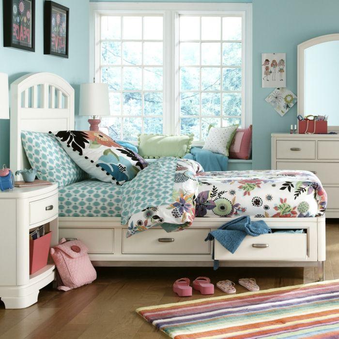 stauraum ideen kinderzimmer funktionale möbel stauraumbett streifenteppich