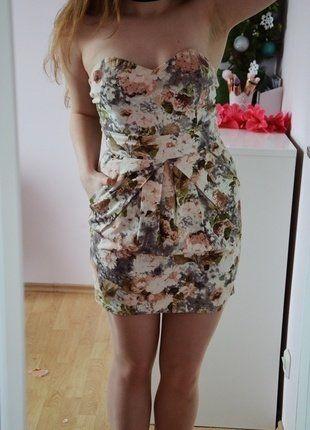 Kup mój przedmiot na #vintedpl http://www.vinted.pl/damska-odziez/krotkie-sukienki/16462668-sukienka-w-kwiaty-tulipan-lato-2017-tumblr