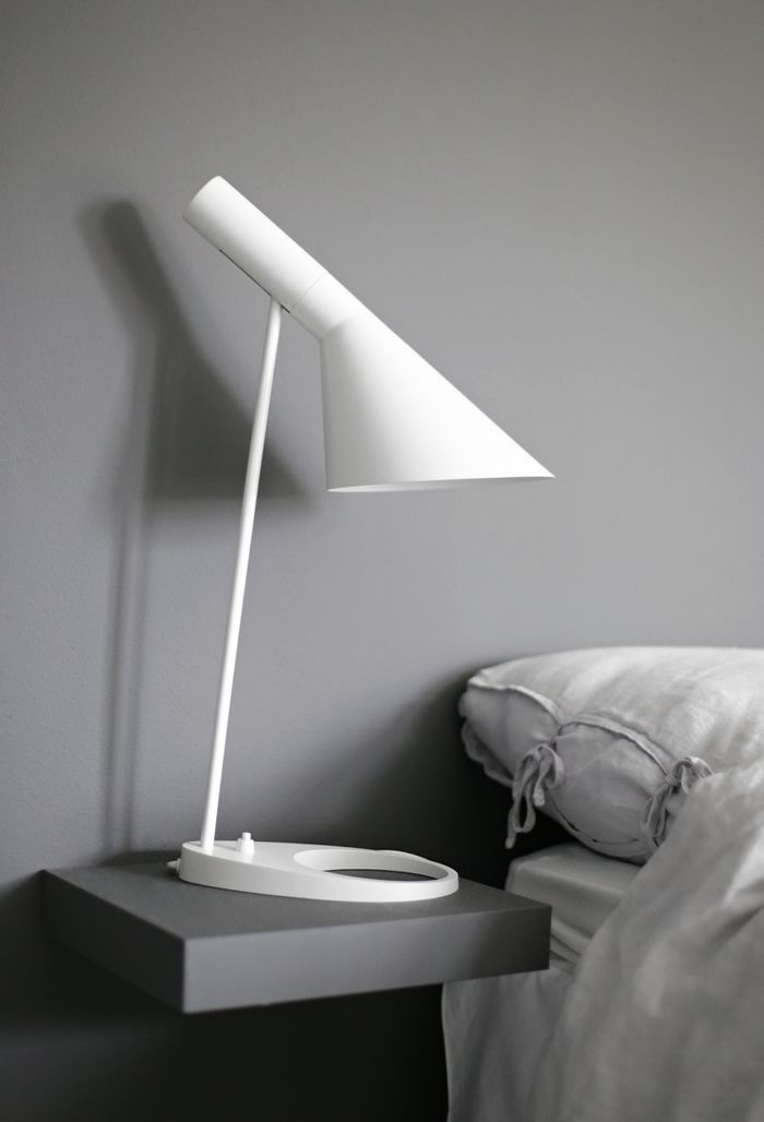 DIY Smart nightstand