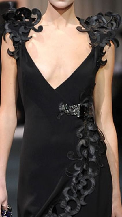 The shoulders! Ack!!!   <3  Armani Prive