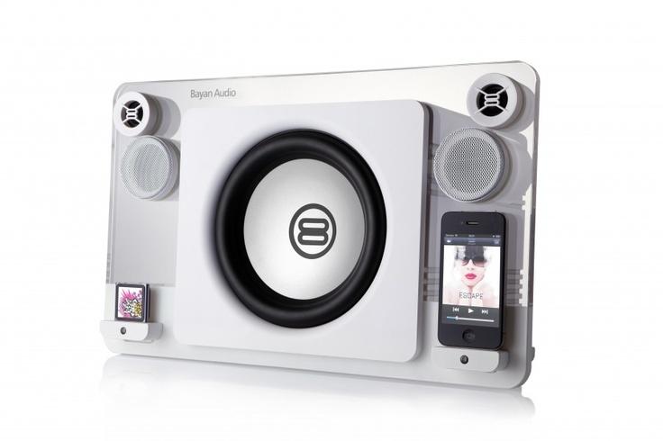 """Audio Bayan 7 Lautsprecher-Dock für iPhone und iPod inkl. Bluetooth-Dongle   Gigantische 120 Watt Ausgangsleistung   Fünf-Wege-2.1-Stereo   8""""-Tieftöner für reinen Bass - tief, klar definiert und laut!   Inkl. Bluetooth Dongle für alle Marken im Wert von 39,99 Euro"""