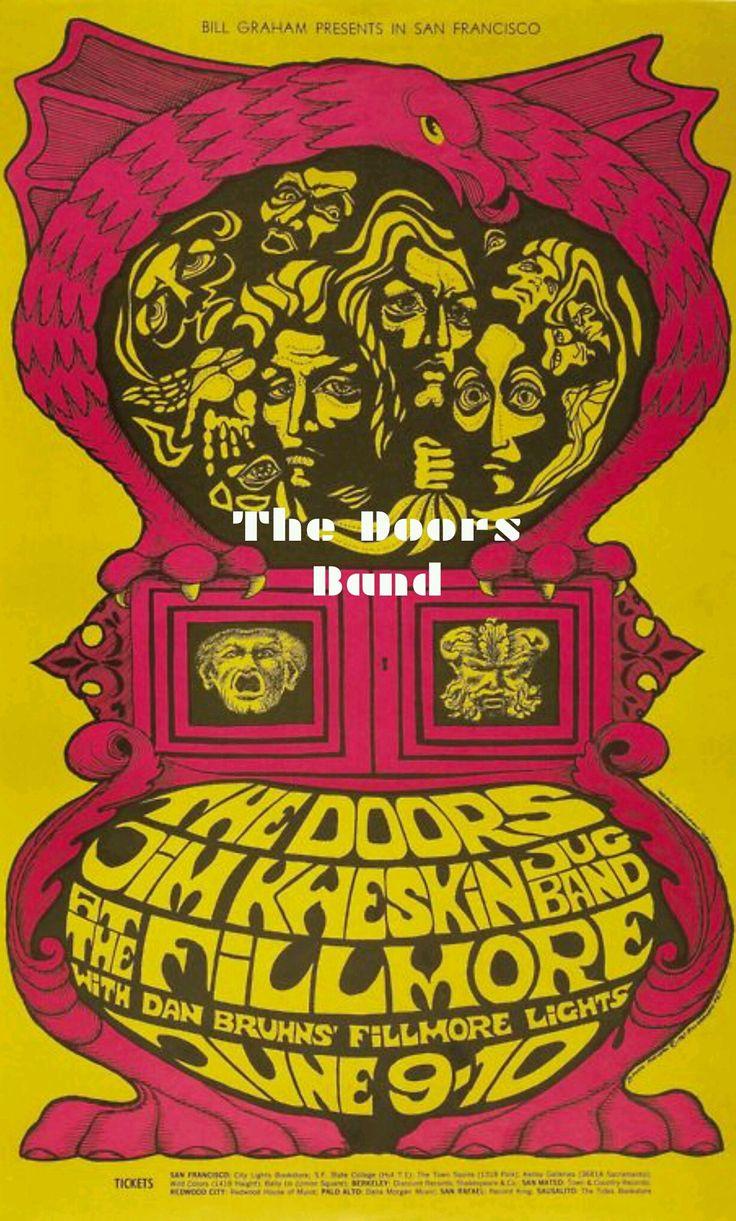 https://m.facebook.com/The-Doors-Band-1643222725925549/  El 09 de junio de 1967, The Doors la banda americana de Blués-Rock, Rock-Psicodélico.  Se presentan en el Fillmore Auditorium en San Francisco, USA.  Esta es la primera vez que The Doors encabezan la cartelera aquí.  Jim Morrison llega tarde y considerablemente ebrio, probablemente un poco nervioso por encabezar por primera vez el concierto y comienza una acalorada discusión con el promotor Bill Graham sobre una cosa u otra…