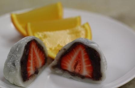 Daifuku - Japanese mochi with strawberry & red bean... I LOVE MOCHI!