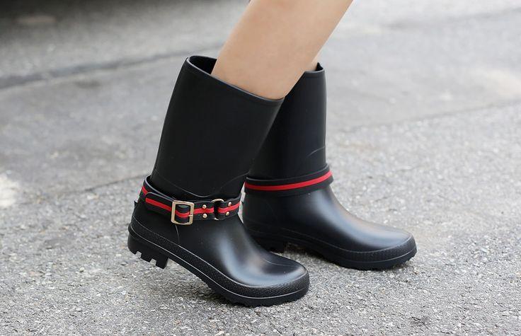 Womens Clothing Store [VANILLAMINT]  #koreafashionshop #fashion_pinter #pinterclothes #pintershop #Fashion_women #goodquality #goodfabric #korea #dailylook #dailyfashion #VANILLAMINT #OOTD #daily_shoes #basic_shoes #stylish_shoes #popolar_shoes #korea_shoes #fashionable_shoes #women_shoes #summer_shoes #rain_boots  Olive Rain Boots / Size : 225~250 mm / Price : 40.84 USD