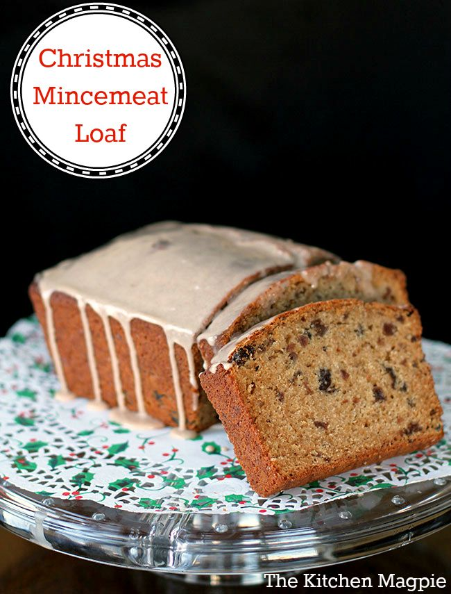 My Christmas Mincemeat Loaf recipe - if you or your family love mincemeat then this is the loaf for you! From @kitchenmagpie