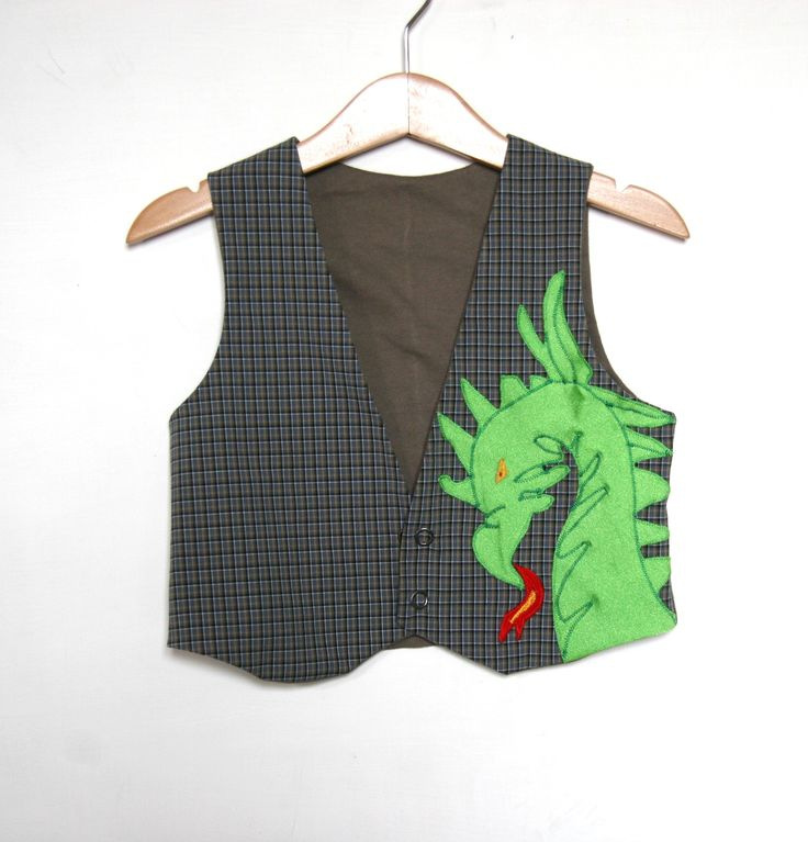 CLICK HERE TO BUY: https://www.etsy.com/listing/271559614/kids-dragon-vest-in-organic-cotton?ref=listing-shop-header-0 Kids Vest, #organiccotton,  lined with jersey for a perfect confort, size 4 years #size4years #fullylinedvest #kidsvest  #gilet #dragonvest #handmadeinItaly #italianFashion www.etsy.com/shop/pabuita