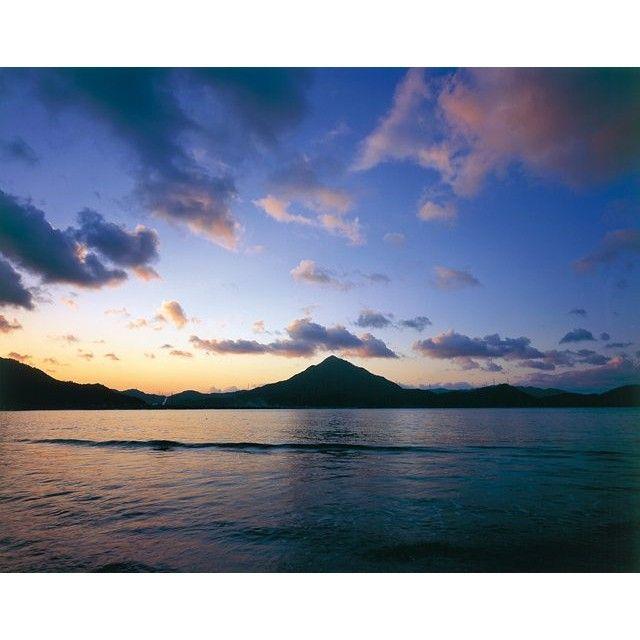 【ayuexlover】さんのInstagramをピンしています。 《#自然 #大自然 #青空  #海 ##山 #青葉山 #福井県 #高浜町 #若狭 #拾いもの》