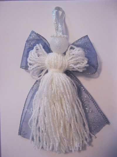 Engel, de combinatie witte wol en de organza achtige stof sprak me meteen aan.