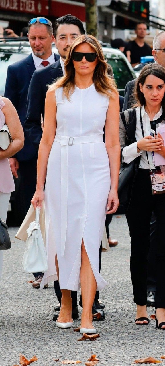 Fashion Notes Melania Trump Is French Riviera Ready In Calvin Klein Mcqueen In 2020 Fashion Fashion Classy First Lady