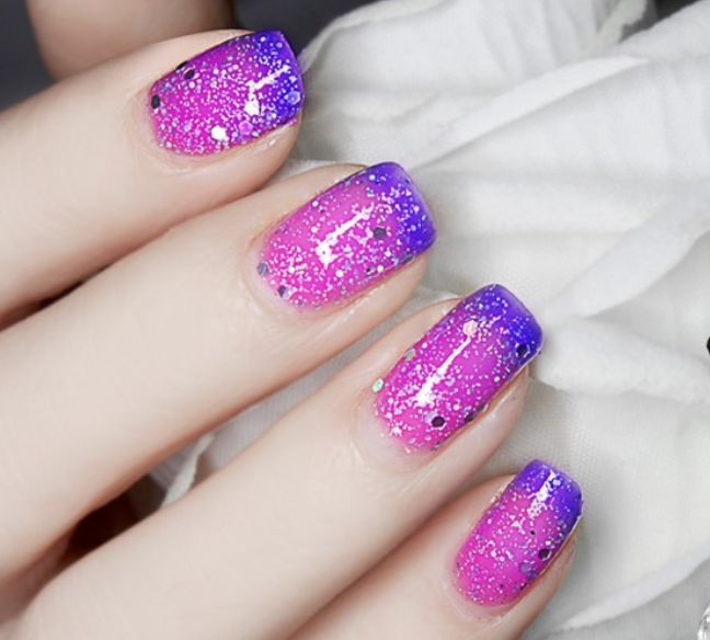 Thermal Color Changing Nail Polish with Paillette Dark Blue to Purple # 23811