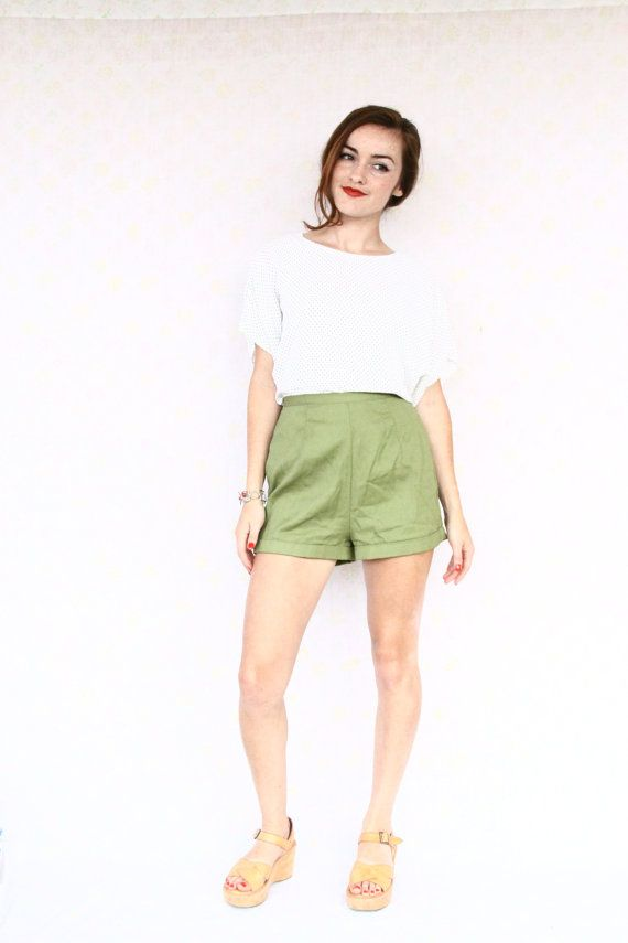 1950s high waist shorts / high waisted shorts / by aLaPlageVintage, $38.00