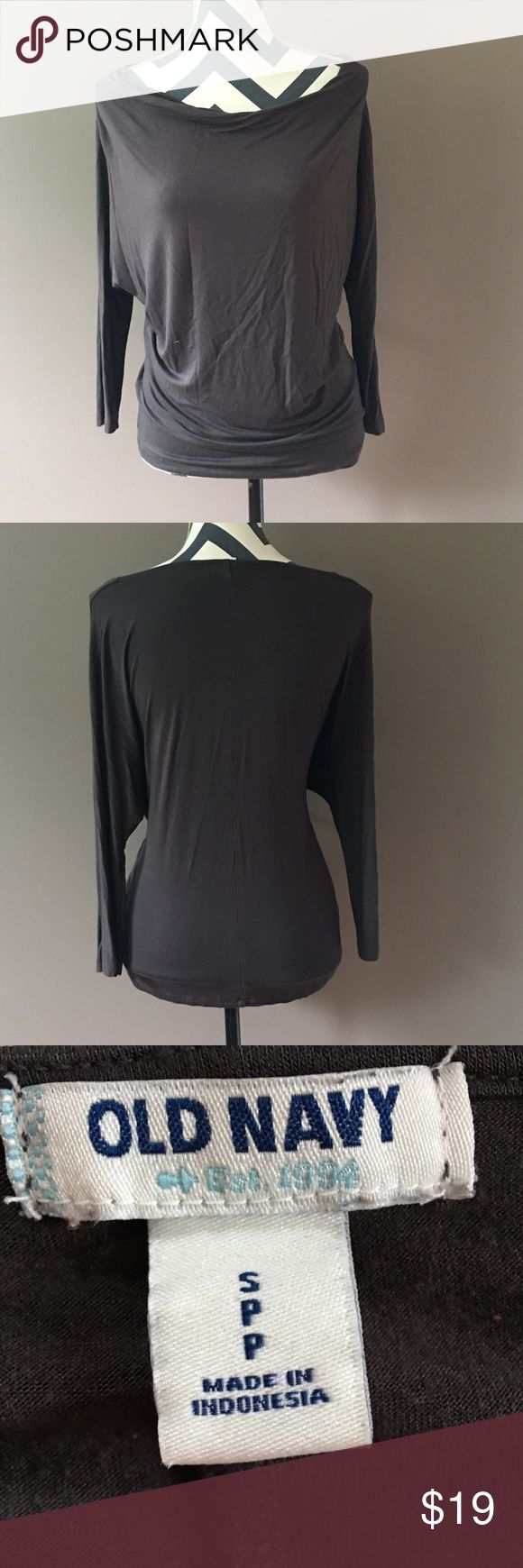 EUC Old Navy long sleeve top Comfortable, classy, and great for a night out. Long sleeve with looser fit under armpits- a very flattering style. Looser around mid section and longer fit to hip. Worn only once! Old Navy Tops