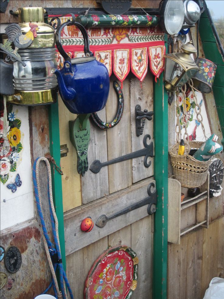 Narrowboat on the Grand Union