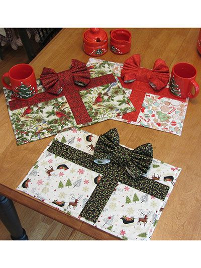 Quilting - Holiday & Seasonal Patterns - Christmas Patterns - Pretty Package Placemats