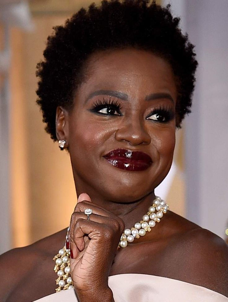 Yes! This week's Shoutout Saturday is @ViolaDavis. She is truly beautiful inside and out. I am a huge fan of her art and of what she stands for. Ms. Davis is an American actress and producer.…