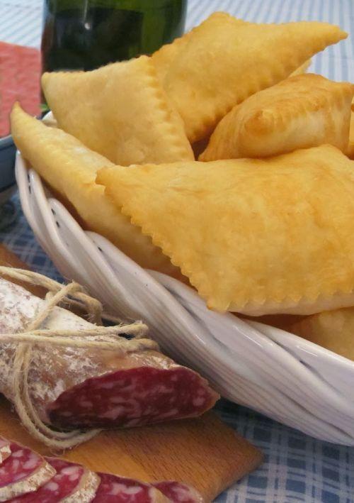Italian food  - Crescentine  - Gnocco fritto