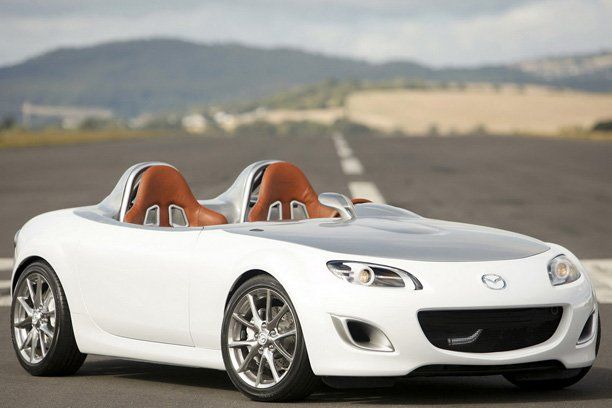 the Miata is sooo cute! if i was to get a convertible this would definitely be me because of its size