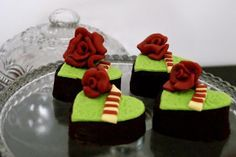 Sweets for Sant Jordi 2012 via Canela's Cakes: