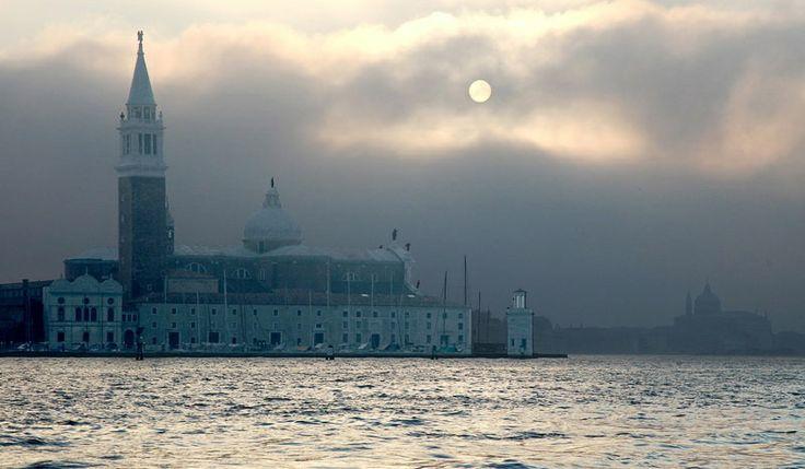 Луна над Венецией
