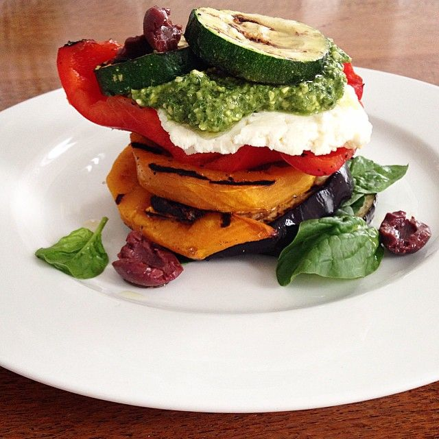 """#iqs8wp Grilled Vegetable & Ricotta Stack with Pesto #iqs #iqsjerf #jerf #justeatrealfood #realfood #cleanfood #cleaneating #glutenfree #healthyfoodshare…"""