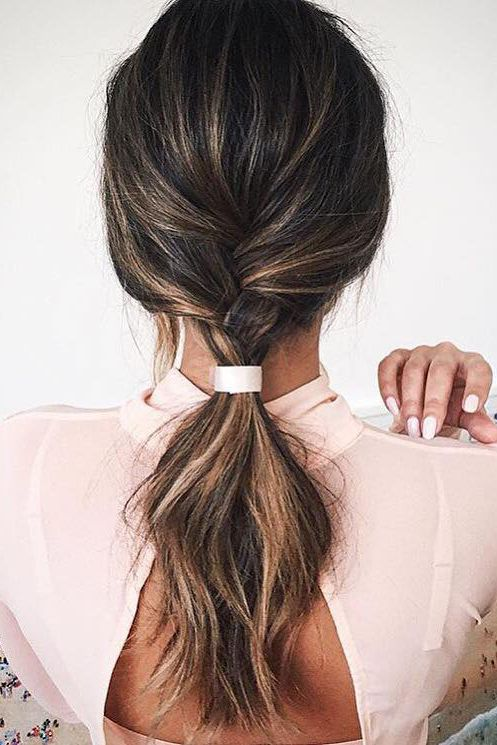 Chic ponytail inspo on @marianna_hewitt - Simple yet elegant!